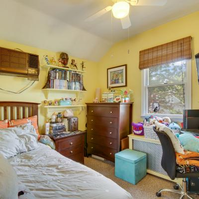 Bedroom of House for sale in the Heart Of Great Kills Staten Island New York
