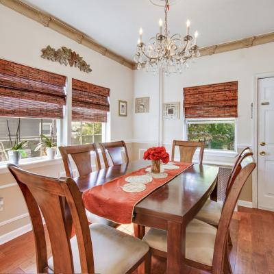Dining room of House for sale in the Heart Of Great Kills Staten Island New York