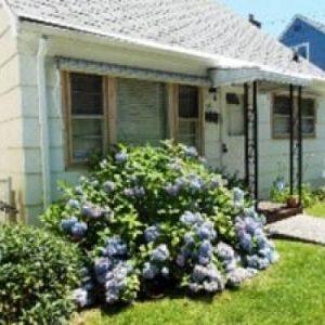 Lovely 4-Bedroom Cape in Stapleton for sale in Staten Island New York
