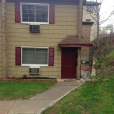 Beautiful End Unit On 1st Level for sale in Great Kills Staten Island New York