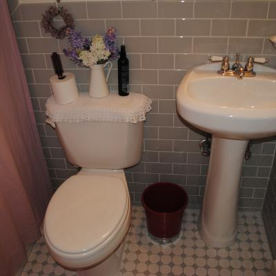 Bathroom of Stunning Two Family for sale in Dongan Hills, Staten Island, NY